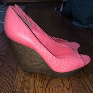 Jessica Simpson Pink Coral Wedges Size 7.5